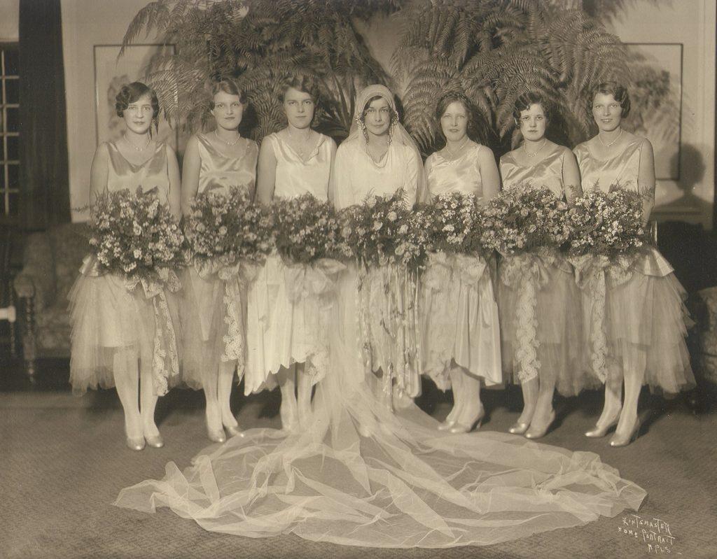 1920s Bride and Bridesmaids