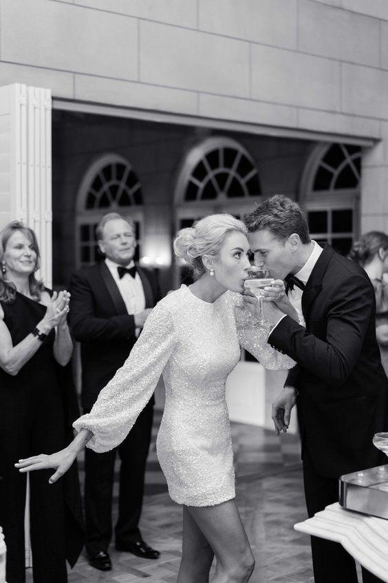 vintage style wedding, short wedding dress, 60s wedding trends